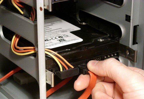 Interne Festplatte installieren